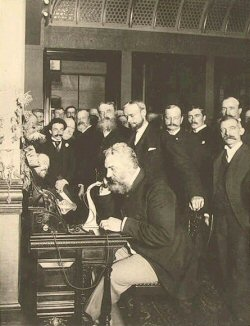 AlexanderGrahamBell